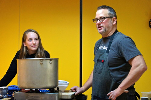 Chicago's Paul Kahan Plays Sous Chef to White House Kids' Contest ...